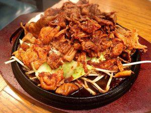 「富士ノ山食堂」の肉ミックスジューシー焼