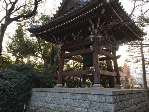 猫地帯の法明寺(ほうみょうじ)の梵鐘