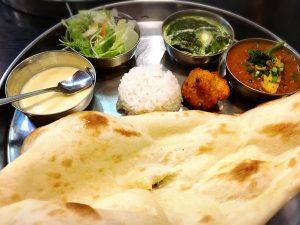 「こせり」の本格ネパール料理・インド料理のハーフ&ハーフ 多国籍料理