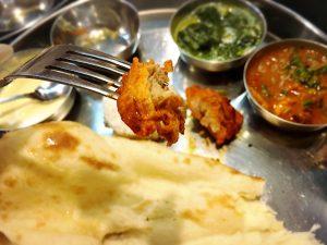 「こせり」の本格ネパール料理・インド料理のタンドリーチキン