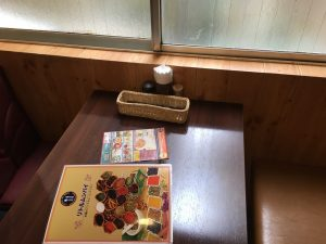 【大塚駅】インドカレー人気店「リトルムンバイ」インスタでお得のテーブル席