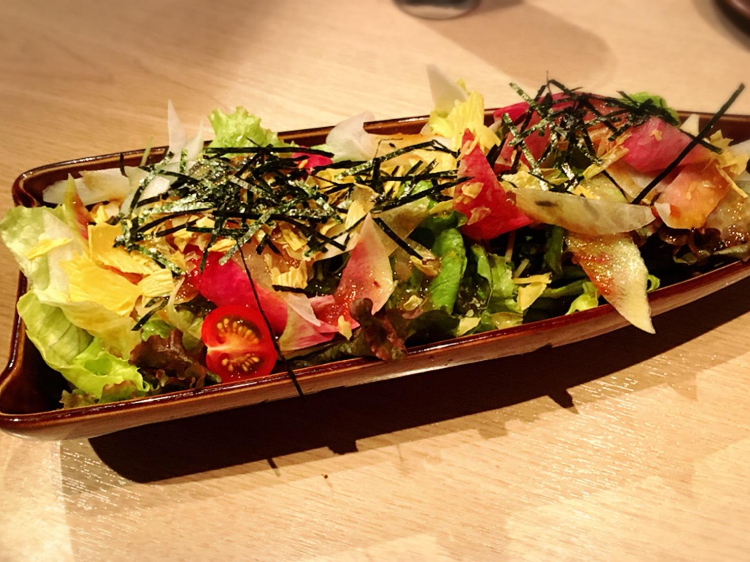 【池袋駅】落ち着いた少人数個室が使いやすい!九州料理もクオリティ高めの「TORI魚 池袋本店」の赤城大根と煎り湯葉のサラダ