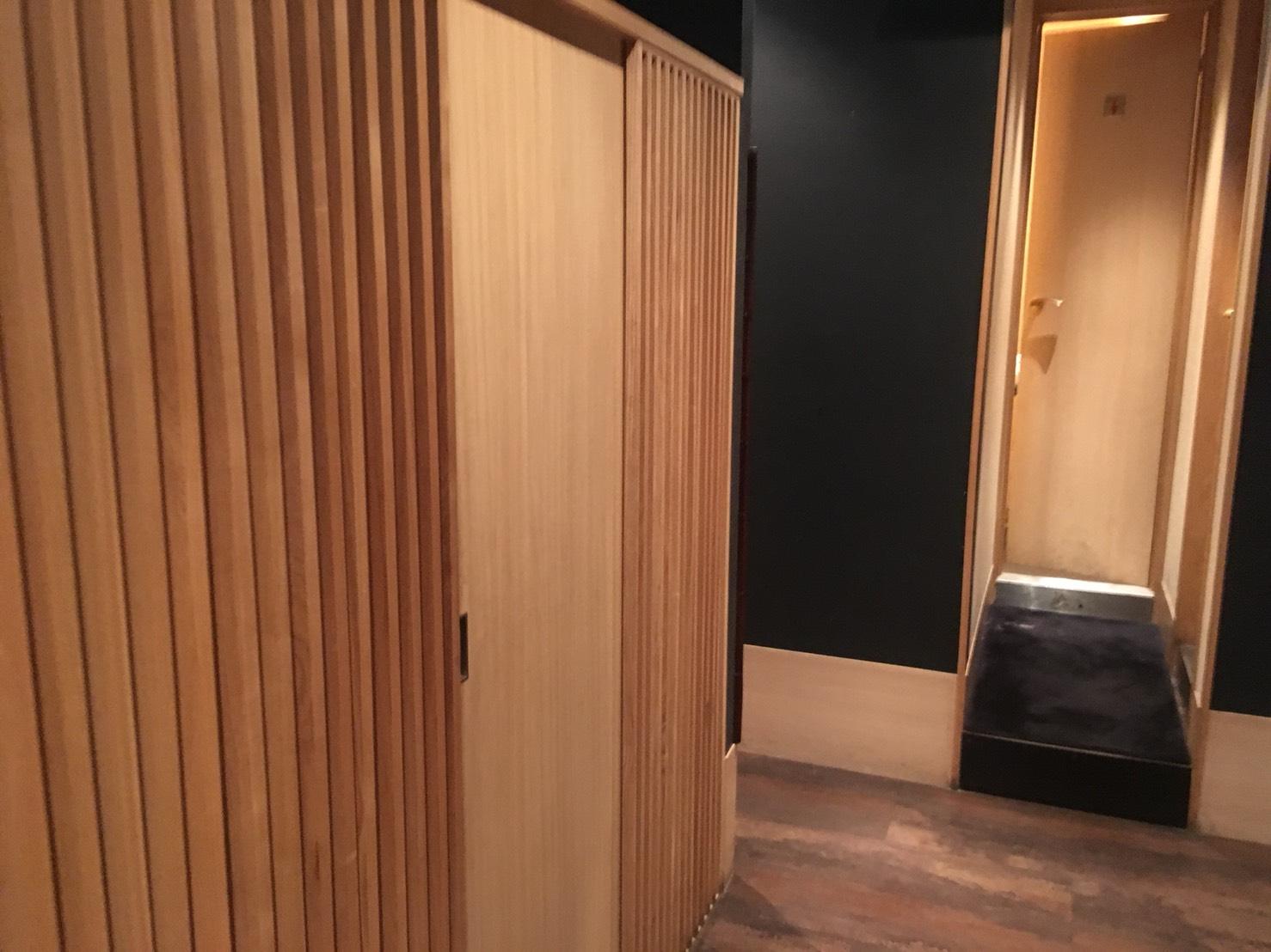 【池袋駅】落ち着いた少人数個室が使いやすい!九州料理もクオリティ高めの「TORI魚 池袋本店」の店内2