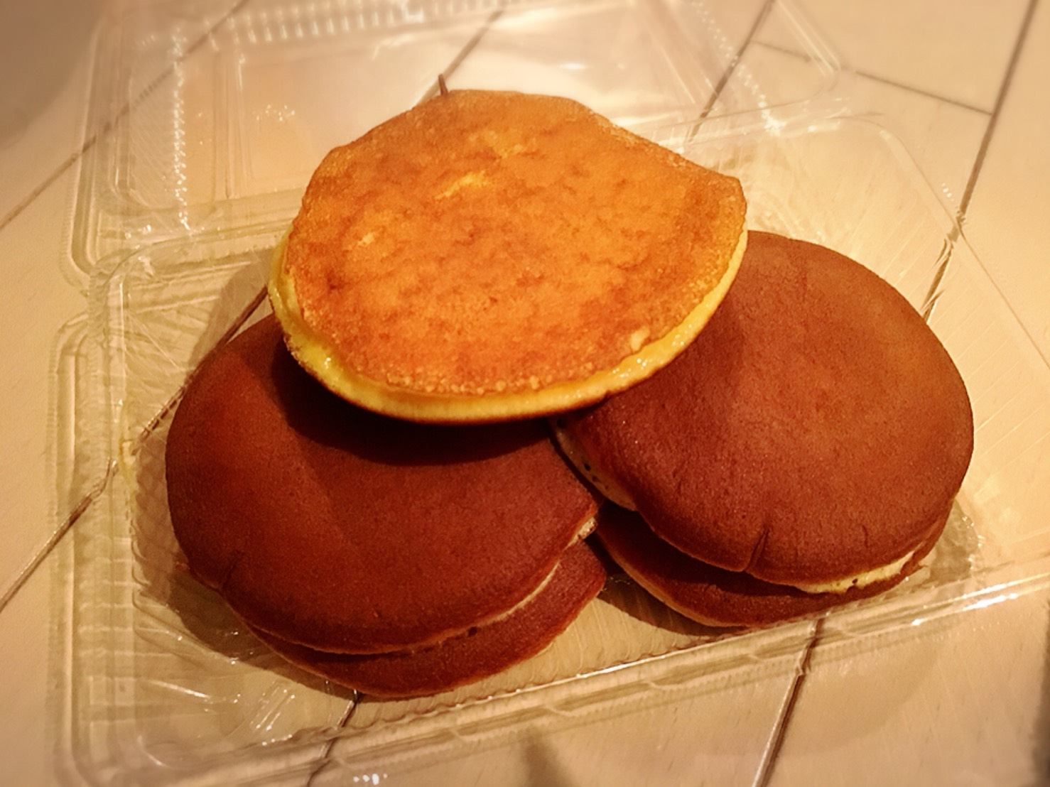 【大塚駅】もなか屋さん「千成もなか本舗」の200円のパンケーキの中
