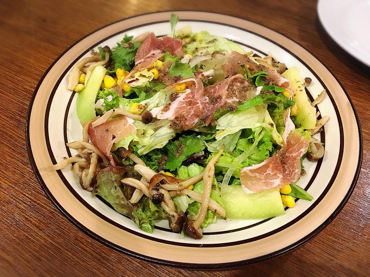 【池袋駅】おっとり系イタリアン「トラットリア・コン・アマーレ」の気まぐれサラダ