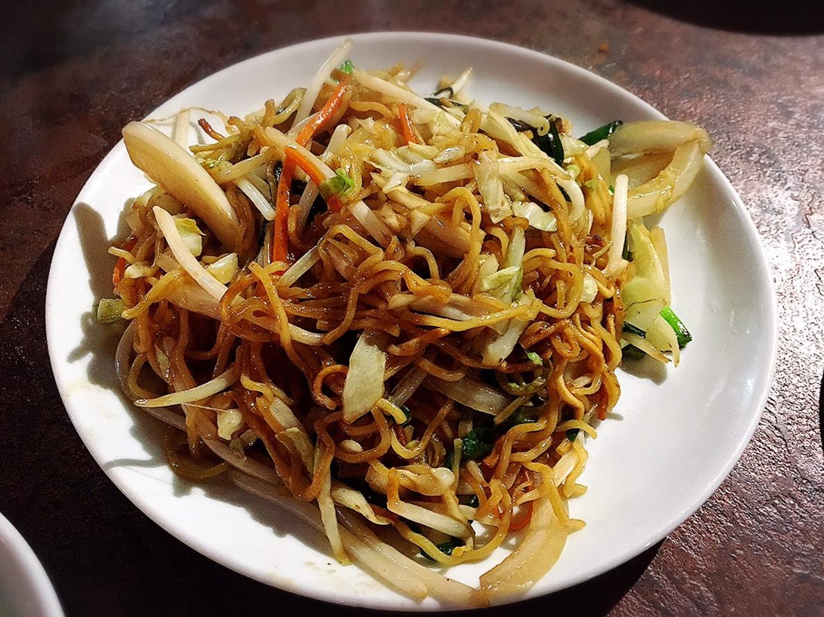 【池袋駅】飲茶専門店で中国・台湾料理が食べ放題2500円「 中国茶館」の野菜の焼きそば