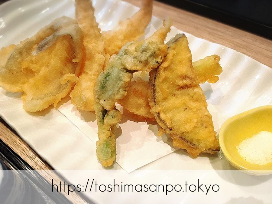 【池袋駅】ランチ大満足じゃん!「TORI魚 池袋本店」のランチ超落ち着くよ。超おすすめ!の天ぷら刺身ランチの天ぷら