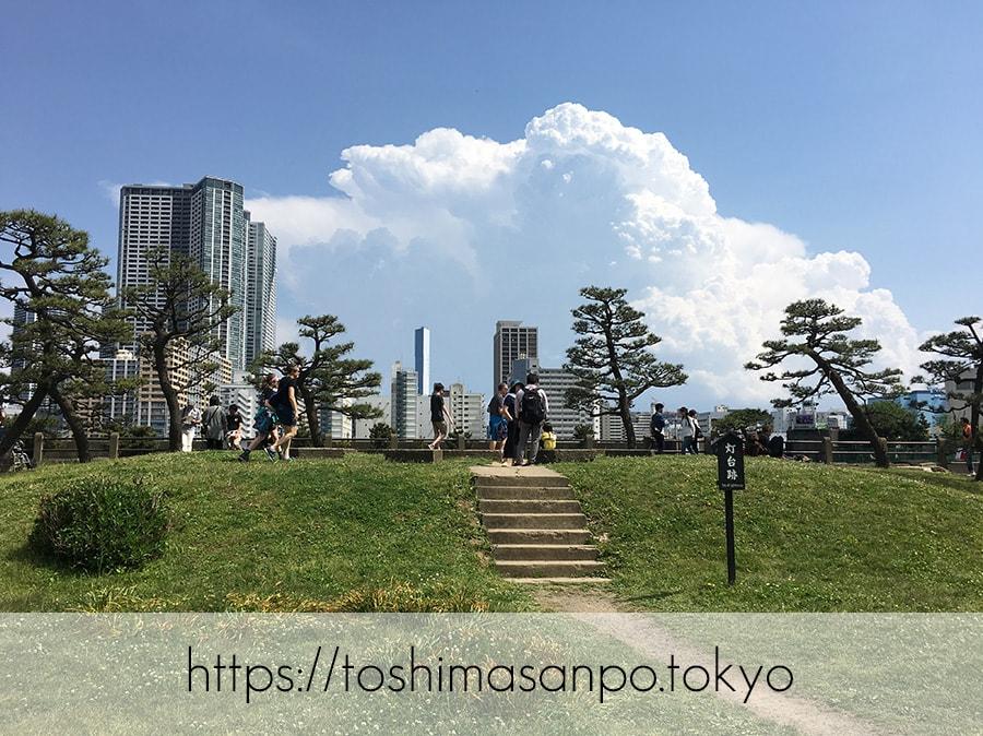 【汐留駅】水上バスにも乗れる!東京湾から繋がる江戸時代の広大な庭園「浜離宮恩賜庭園」の風情。の浜離宮恩賜庭園の灯台跡