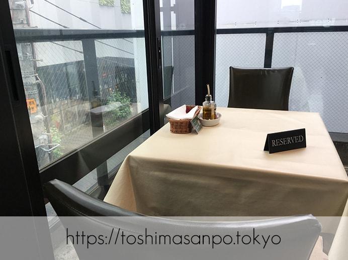 【新宿駅】いい雰囲気イタリアンランチするなら超おすすめ「オッティモ・シーフード・ガーデン」のテーブル